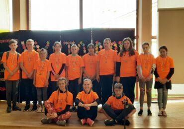 """Kaszuby z """"Rowerlove.pl""""31.05-2.05.2021 z TPU HORYZONT przy Szkole Podstawowej nr 2 w Sierakowicach."""